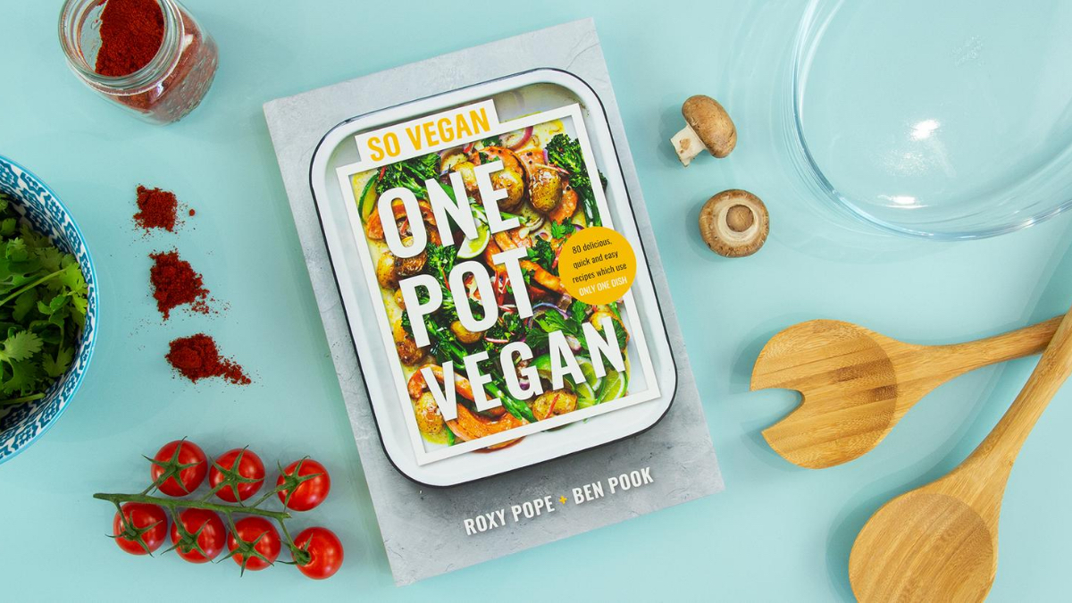 We'd like to congratulate our friends @wearesovegan on the release of their new book #OnePotVegan! 📔🎉 Delicious, fuss-free and low on washing up - That's our kind of cooking 😉