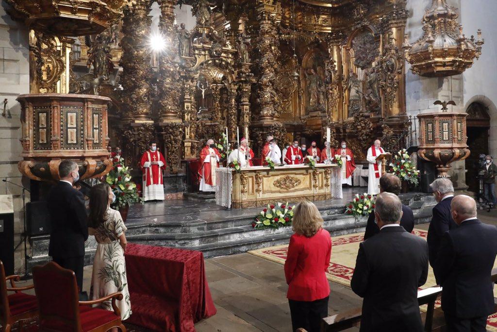 Ofrenda de los Reyes a Santiago Apóstol