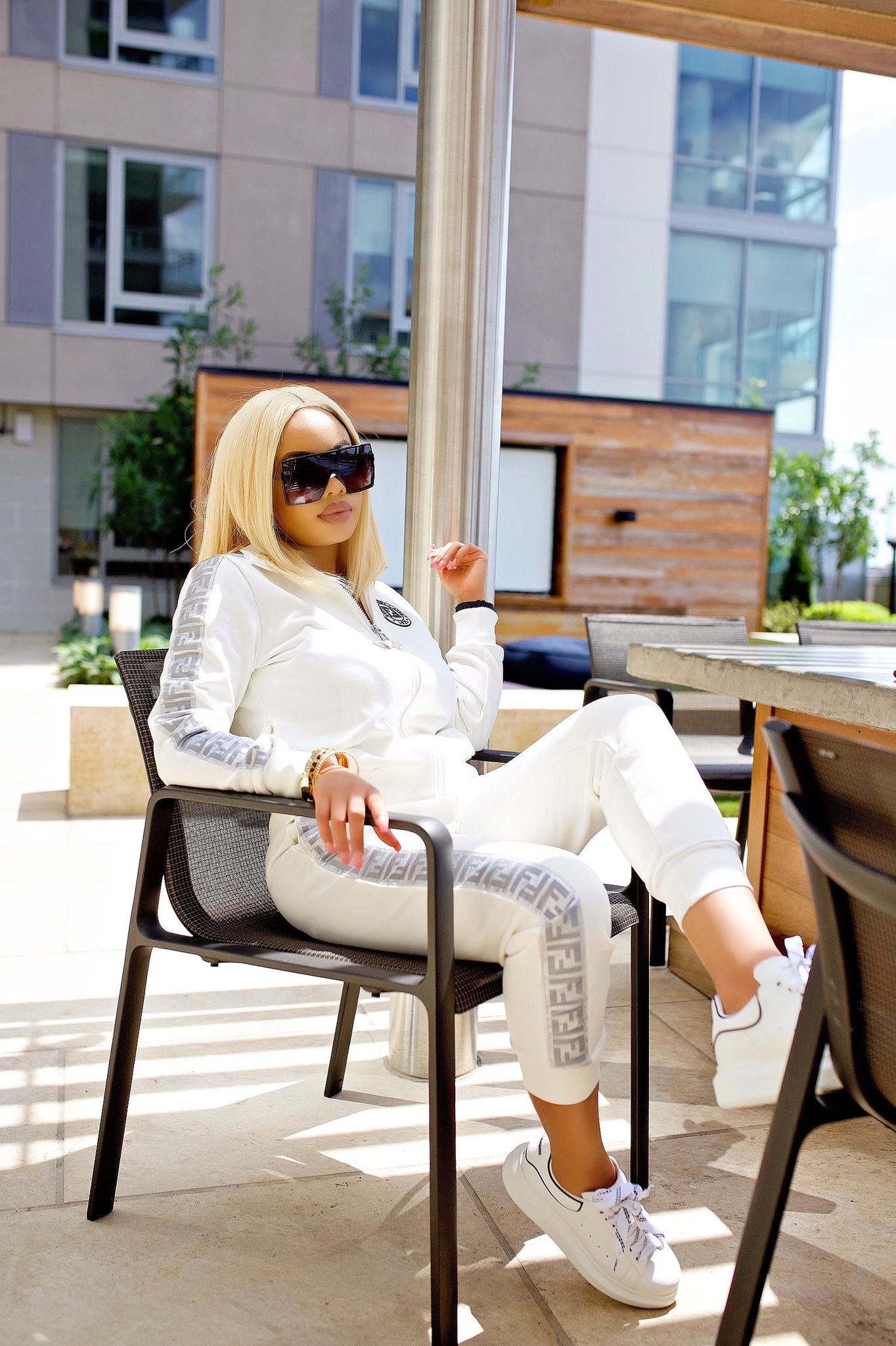 I am lucky - Nina Ivy flaunts her cute baby and stunning postpartum glow