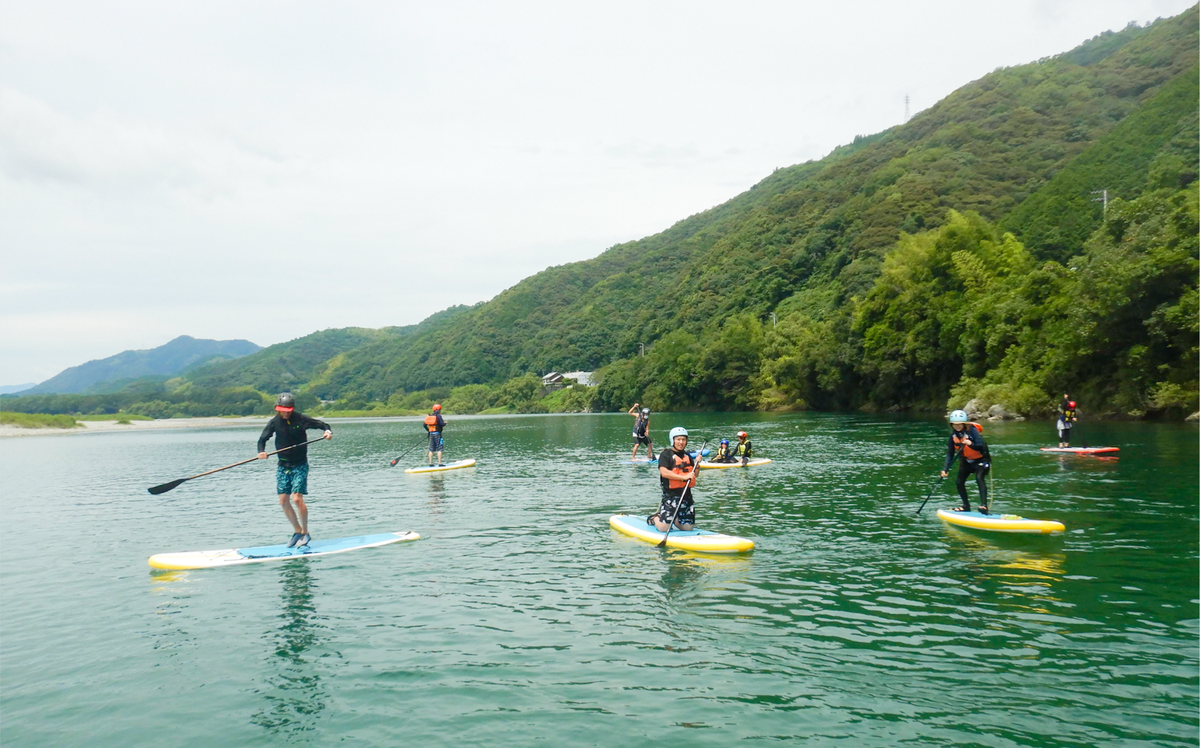 When we feel stuck, look at the sky. The clouds remind us that everything changes.  #traveljapan #日本を旅する #japanlife #ジャパンライフ #standuppaddleboarding #スタンドアップパドルボード #paddleboarding #パドルボード #supexperience #リバーサップ #wateractivity https://t.co/ydws1jQdPW