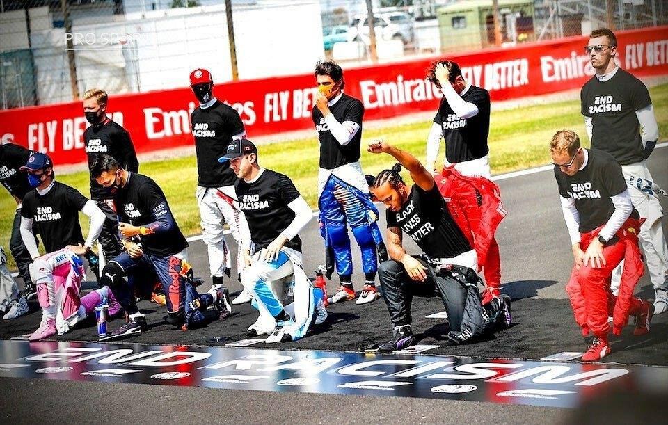 Drivers take the knee at the 2020 @f1 #70thAnniversaryGP, #Silverstone, UK - 8th August 2020  _ 📸 Image: @dppiimages via @prosportsimages  _ #speed #motorsportlife #motorsportphotography #motorsportsf1 #motorcar #motorsport #sportsphotography #Formul… https://t.co/0keaZNPmoX https://t.co/SyPnfk3ren