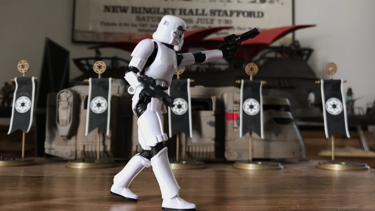 #Starwars #guessthemovie #hasbro #movies #actionfigures #rogueone #stormtrooper #501st   Guess the Movie #106!pic.twitter.com/6y1GuY39zm