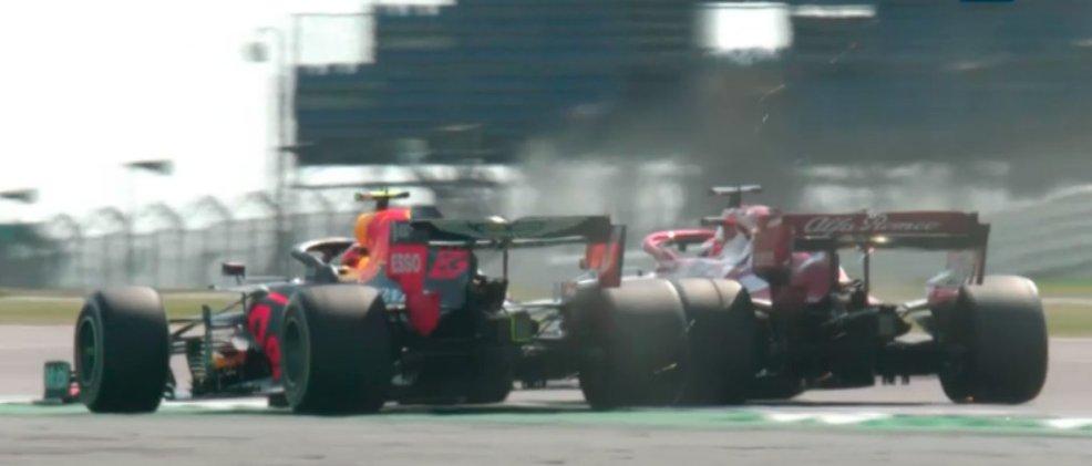 wheel to wheel at 290km/h  #Kimi7 #albon #F170 #Silverstone #photooftheday #photo #Motorsport https://t.co/wJuhCn5U27