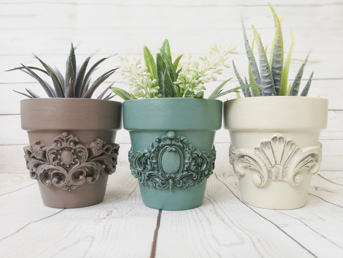 Excited to share the latest addition to my #etsy shop: Ceramic succulent pot - vintage small tiny flower planter for you shabby chic decor. https://etsy.me/2PPAlKZpic.twitter.com/NbmWMUN81U