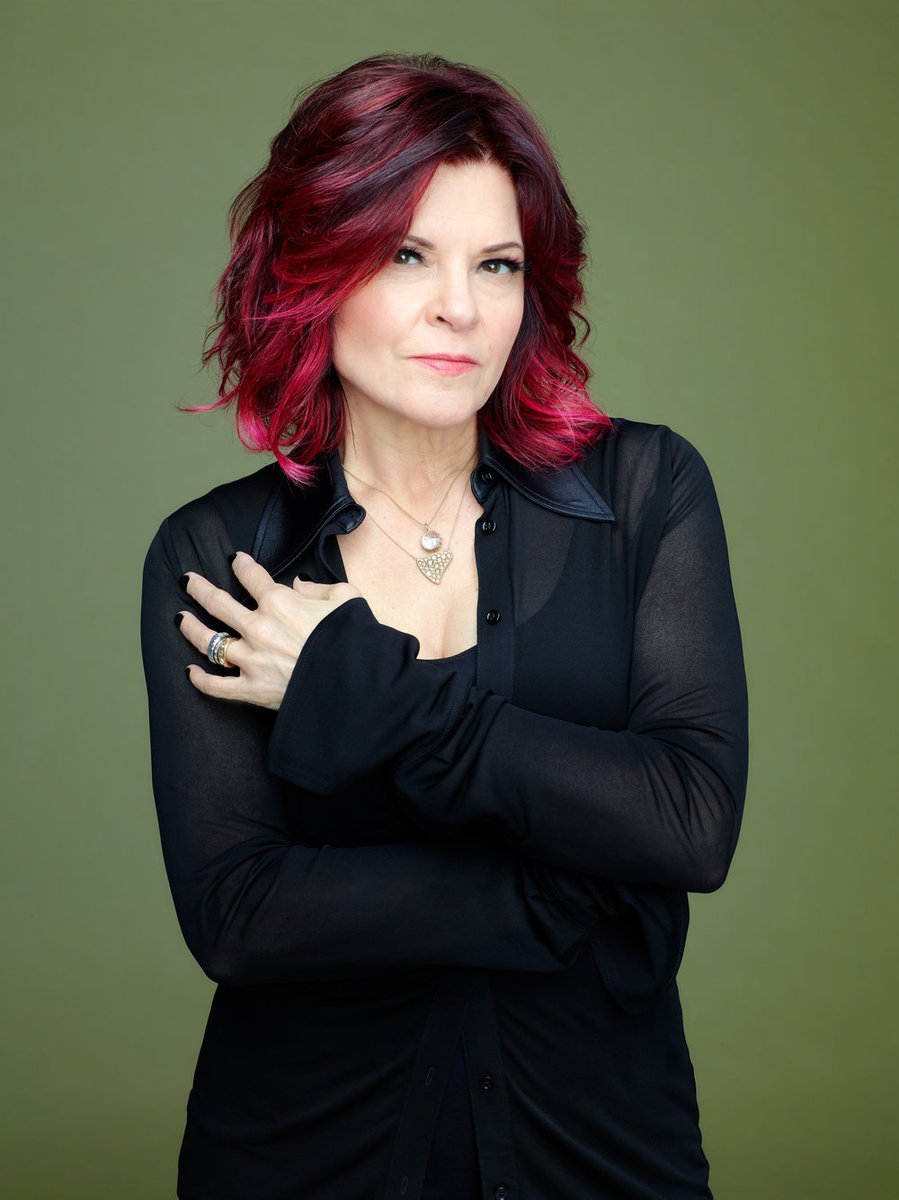 TUNE IN TONIGHT: Award-winning musician, singer, songwriter & author @rosannecash joins us on The Folk Show. Host Kate McNally interviews Cash about her career,  musical inspirations, plus her #MacDowellMedal from NH's @MacDowell1907. More info: http://ow.ly/cmFR50AQRup pic.twitter.com/fGvDxyQK7N