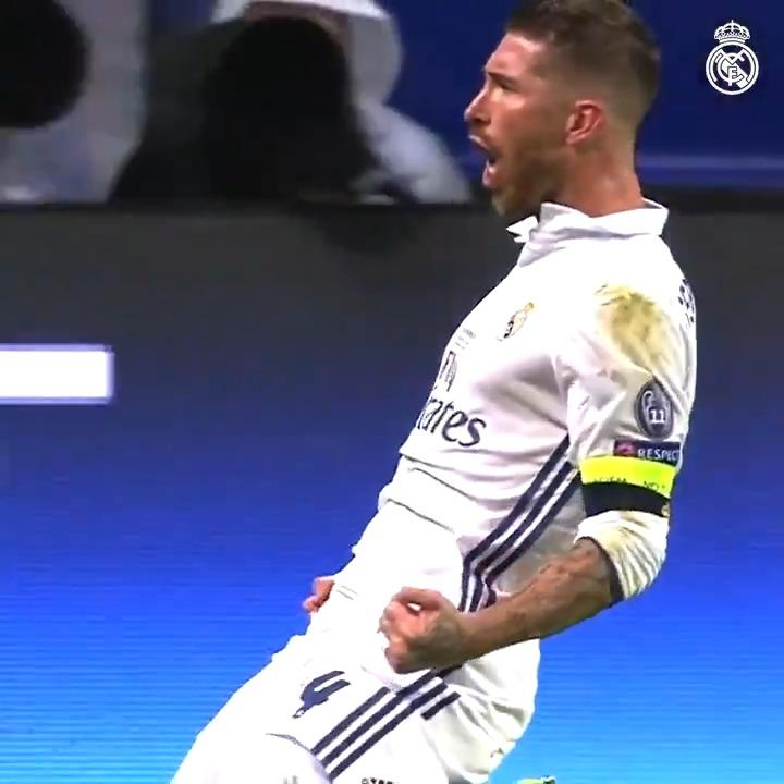👀 MINUTO 93... ¡¡Gooool!! (2-2) 🦸♂️ @SergioRamos  🏆 Supercopa de Europa 2016 #HalaMadrid | #RMHistory https://t.co/EBIr48pirF