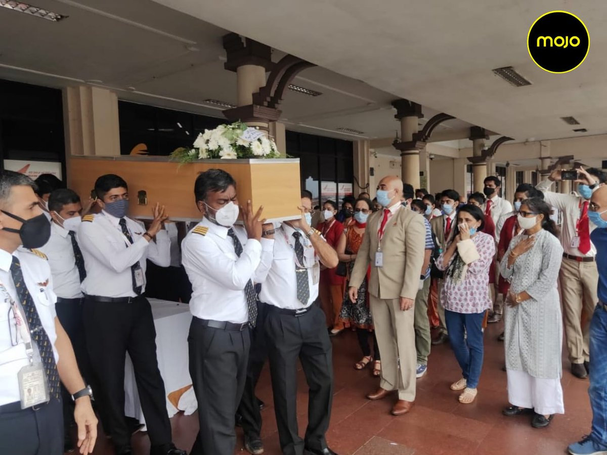 Flowers were offered, wings and epaulets from the official uniform were laid down as a mark of respect from their colleagues. #AirIndiaCrash