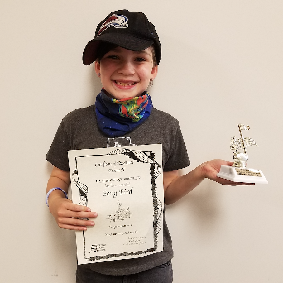 Hello trophy! Meet your new owner, Fiona. She is doing so great in music lessons. We are so proud!  #musiclessons #littletonco #guitarlessons #pianolessons #drumlessons #onlinelessons #ukulelelessons #violinlessonspic.twitter.com/jnvrv0E7Oa