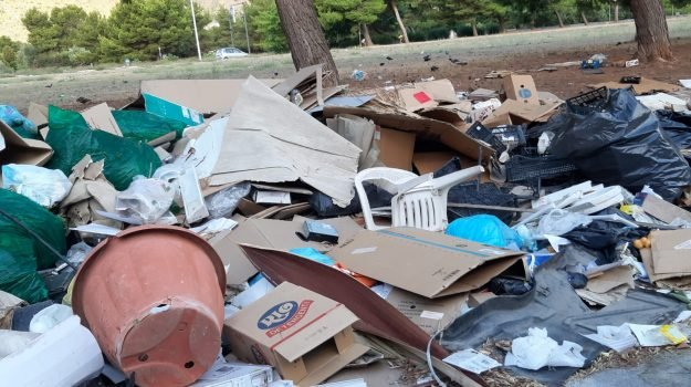 #rifiuti
