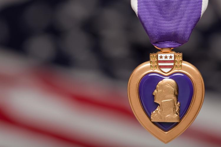 It's Purple Heart Day! Today, as we do every day, we honor those who have made a physical sacrifice for our freedom.  Thanks to @MassDOT and the Cities and Towns, locations across Massachusetts will be lighting purple to recognize our Commonwealth's Purple Heart recipients. https://t.co/vZEmPCo1pJ