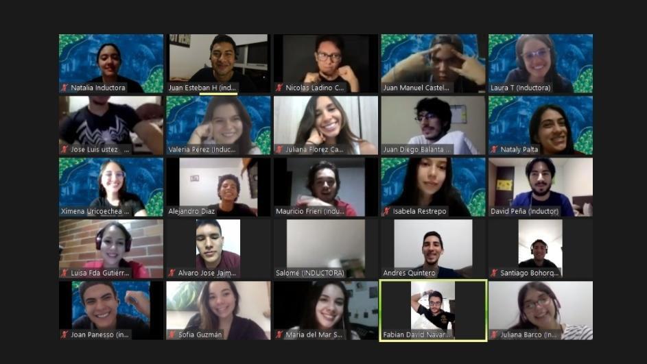 Este fue el equipo de inductores de la Vicerrectoria del Medio que acompañaron las inducciones de los Nuevos Javerianos y Javerianas. Muchas gracias por su pasión y compromiso con nuestra Javeriana Cali!!!! https://t.co/cqDaelJQNr