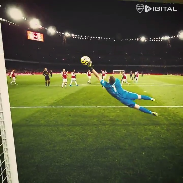 ⛔️ Big Save Bernd ⛔️  2️⃣6️⃣5️⃣0️⃣ @premierleague minutes 0️⃣1️⃣️1️⃣️3️⃣️ @premierleague saves  🥈 2nd place   Player of the Season 2019/20  ✈️ @Bernd_Leno. Just. Gets. Better. 🧤
