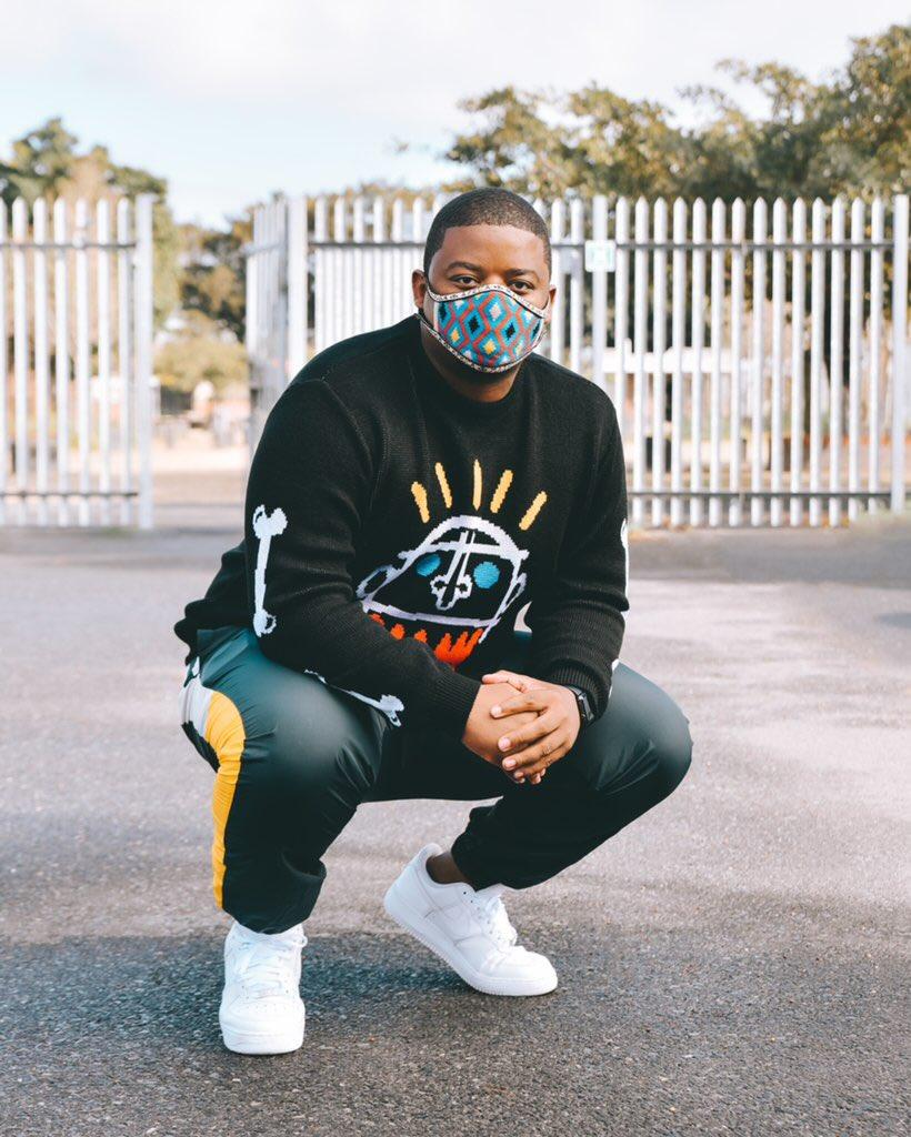 It's the jersey for me 🤞🏾😍  Jersey: @DenimByDome  Mask: @MaXhosaAfrica  📸: @Ramiieg https://t.co/UtNHWU6evb