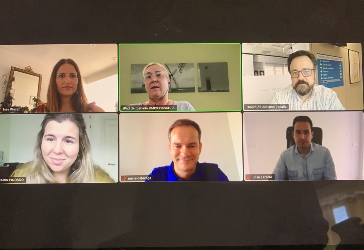 Esta mañana, miembros de la mesa y portavoces socialistas de la comisión de Educación del Senado, hemos mantenido una reunión con @Autismo_Espana para analizar las reivindicaciones del colectivo.   Destacar que @educaciongob ha extendido las becas a todos lxs alumnxs #TEA https://t.co/zrmDdDJ6WN