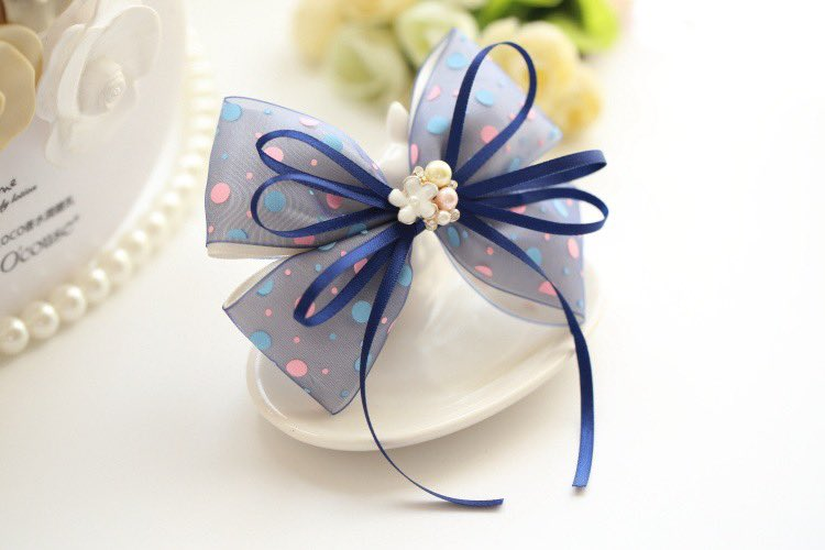 Friday go go~~ Ready for the weekend#teatimeaccessories #hairaccessories #hairbows #hairclips #hairbands #handmade #fridaypic.twitter.com/cQeLcyhDvM