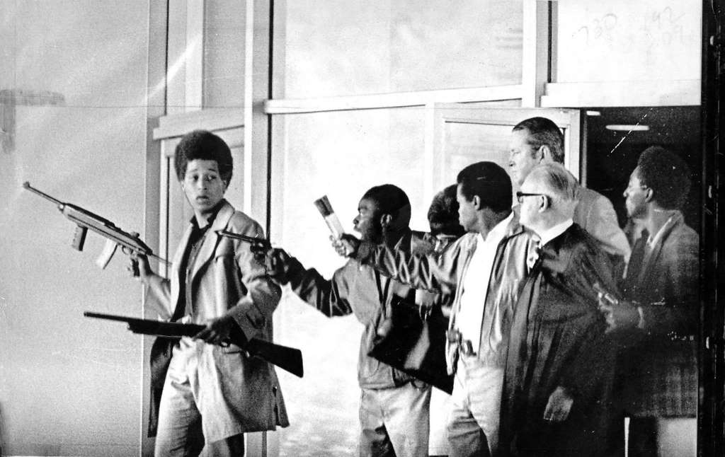 Fifty years ago today 17 year old Jonathan Jackson - brother of famed Black Liberation icon and politicized prisoner George Jackson, and bodyguard of Angela Davis - was killed in a failed attempt to free the Soledad Brothers from wrongful imprisonment. This young, committed, and https://t.co/pT4tlBLz2z