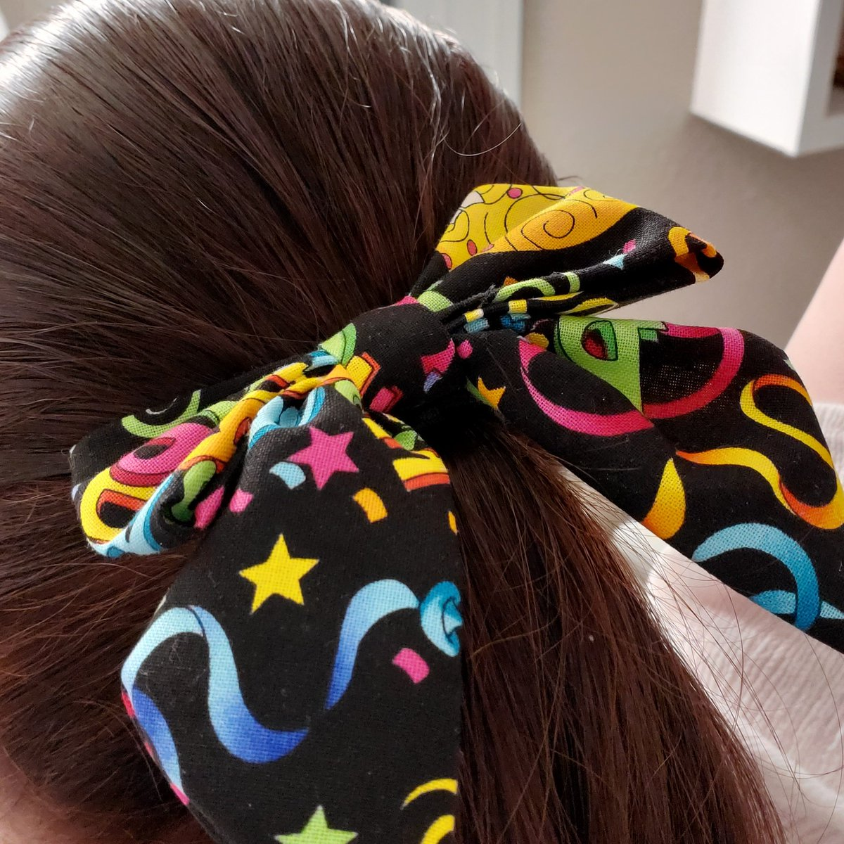 Happy Birthday to me!  Birthday bow for the win today. https://etsy.com/shop/SarahBBowtique…  #itsmybirthday #SarahBBowtique #birthdaybows #48andfabulous #48andcanstillhavefun #hairbows #hairaccessories #bowsareforallagespic.twitter.com/A9cMvH8bya