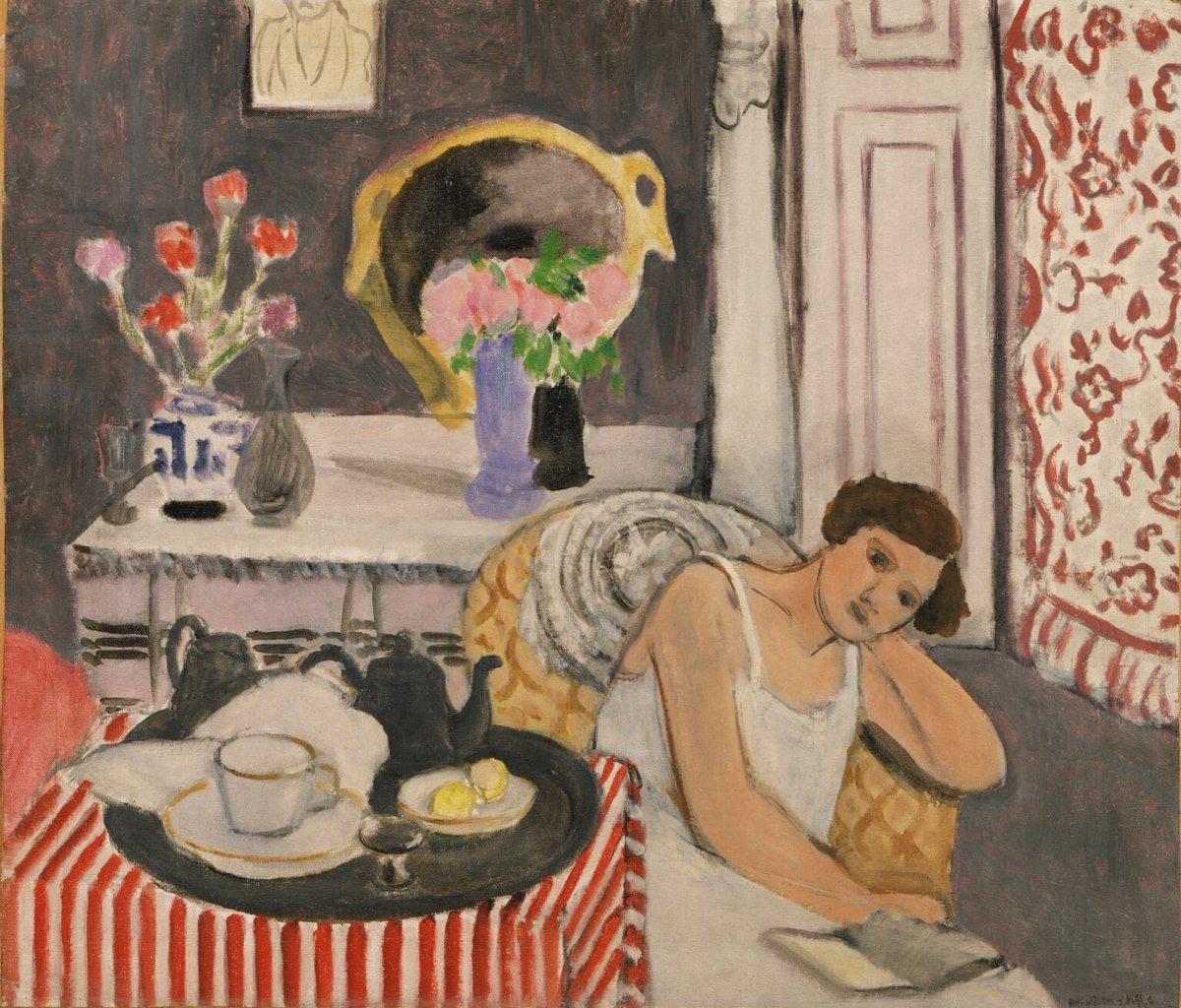 Henri Matisse Breakfast, 1920 #henrimatisse #matisse #french #breakfast #woman #fauvism #fauvist #modernism #art #artgallery #artinfinitus #italy #paris #france #impressionism #postimpressionism #classicalrealism #portraitpainting #stilllife  #beautiful #kunst #interieur #foodpic.twitter.com/L5Eyy9Q3qH