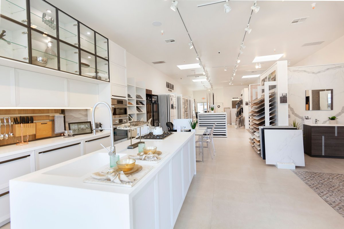 Our Hermosa Beach showroom has the latest finishes from Spain in tile, kitchen, and bath.   (818) 862-3304 https://amirianhome.com/amirian-home-products/…  #homereno #amirianhome #hermosabeach #interiorstyling #interiordesign #design #classyhomes #modernhome #custombathrooms #blackmarble #whitemarblepic.twitter.com/l4rp5KTzh1