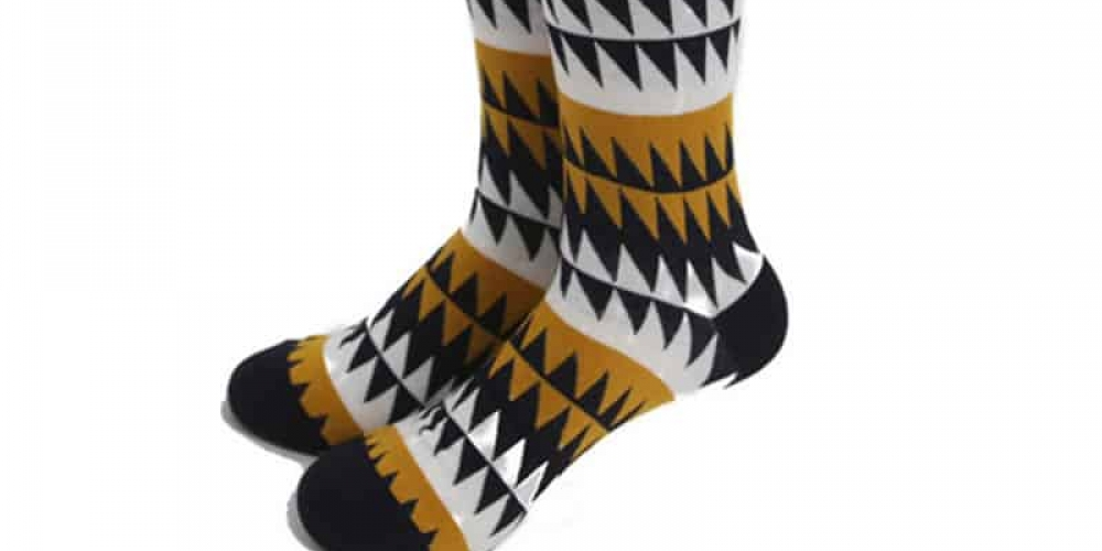 Men's Cotton Socks with Colorful Geometric Pattern  $14.95 and FREE Shipping Tag a friend who would love this! #menwithclass #suit #menfashion #menpic.twitter.com/4v95uR6zhF