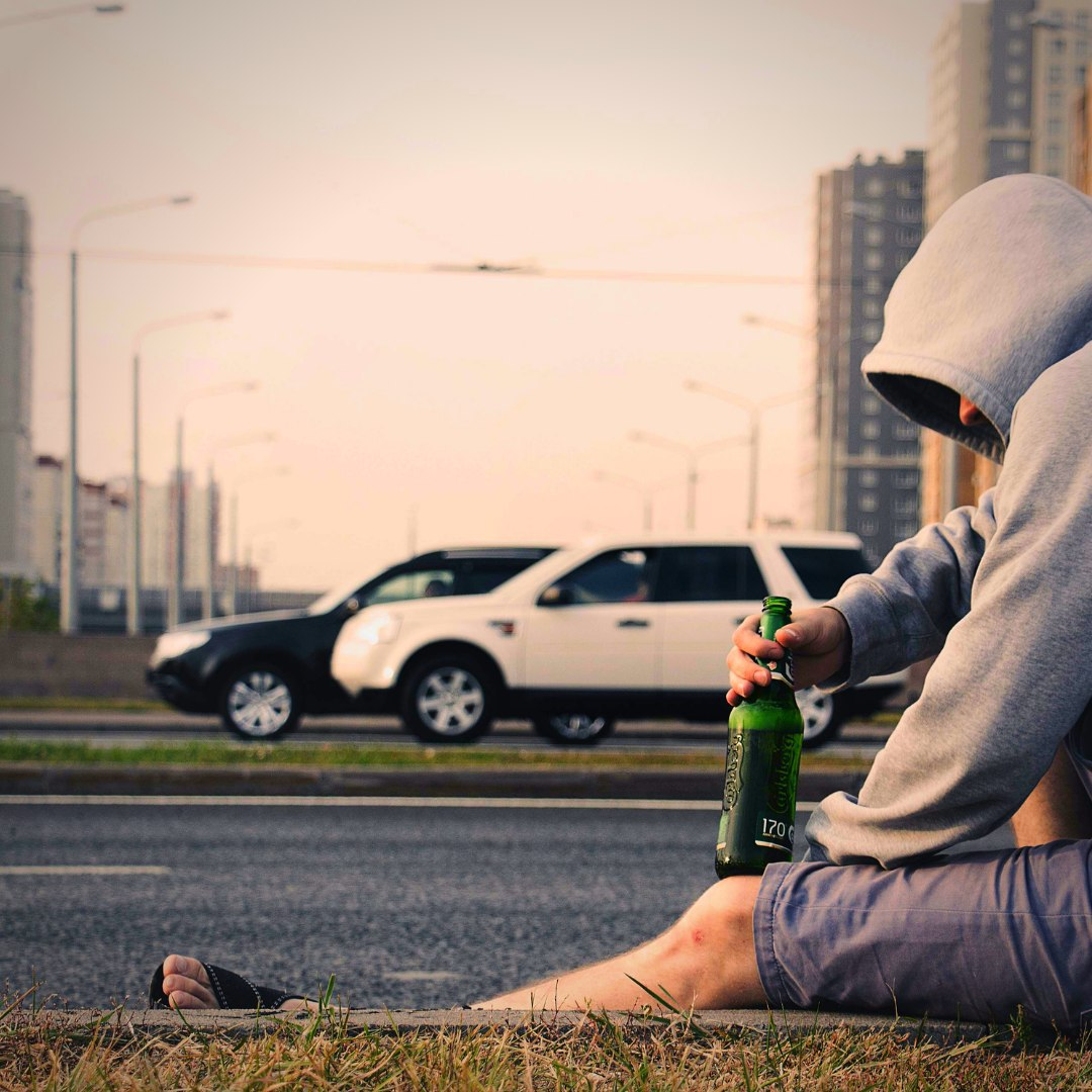 Alcohol addiction, also known as alcoholism, is a disease that affects people from all walks of life. Experts...  Continue reading: https://t.co/pIrMIPYVJG  #TalkHatsOn #MentalWellnessForAll #CamH #worthycause #ProudSupporterOfCamH https://t.co/54ElDrHiCN
