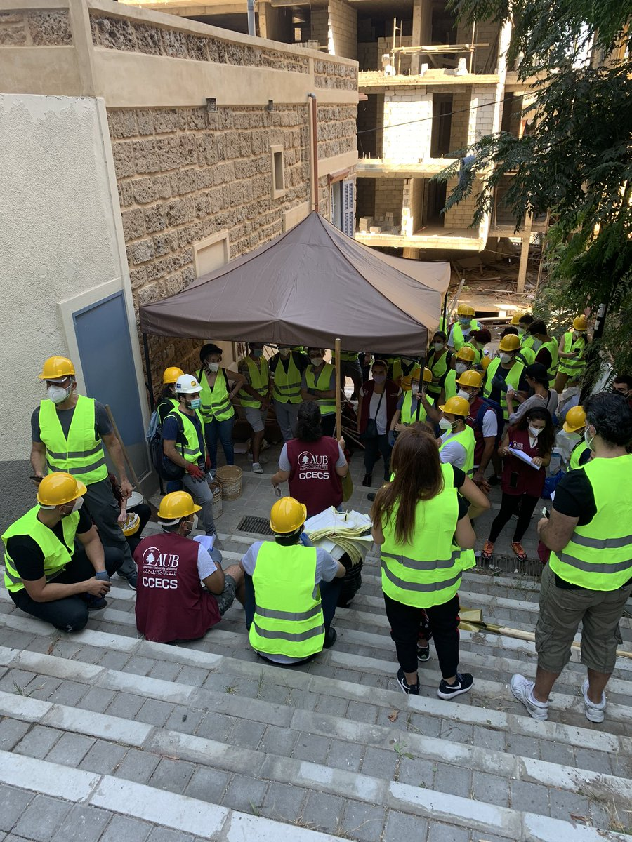 Thank you to all the volunteers for your remarkable commitment. Tomorrow is another day - Geitawi & Mar Mkhayel  #BeirutSolidarityProject @AUB_Lebanonpic.twitter.com/JZHBkKh2s2
