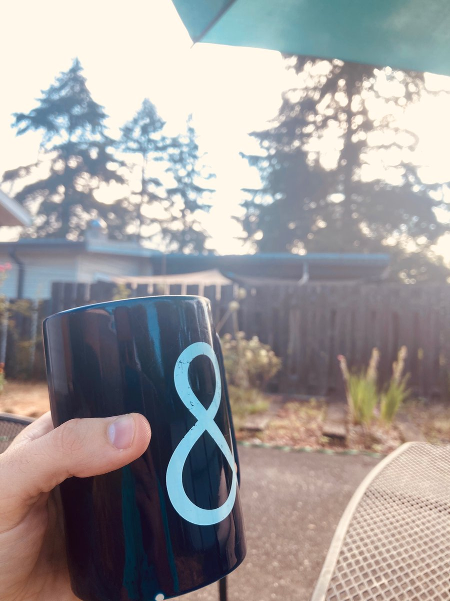 We are interviewing 2 design manager candidates today. Conducting 3 research interviews.   Enjoying some backyard coffee. The calm before the storm. Bring it on Friday. pic.twitter.com/hytrbWOkdl