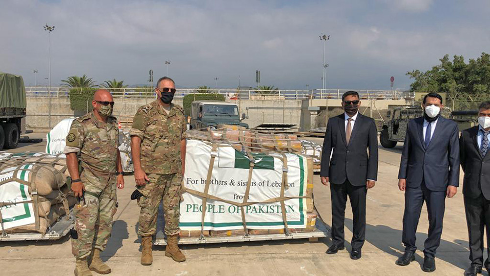 #Pakistan on Friday sent about 8 tons of relief assistance consisting of medicines and food supplies as a token of solidarity to #Beirut. || #Lebanon #BeirutBlast #BeirutExplosions – Developing story: https://t.co/y8VqeN2trj https://t.co/pZGxmo395F