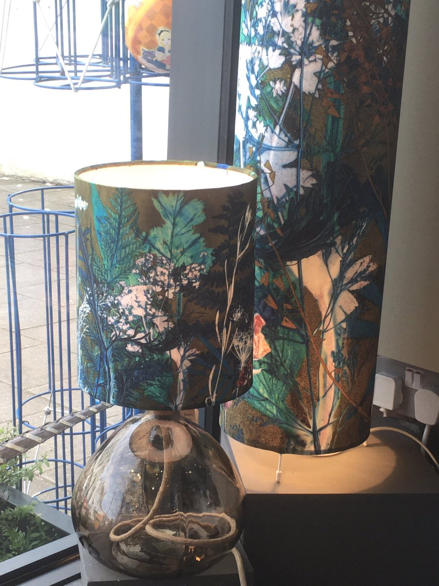 Perfect for adding that wow to your home!  #lampshades #love #handmade #beautiful #flowers #botanical #interior #bright #uniqueinteriors pic.twitter.com/Sn6ASyfWQO