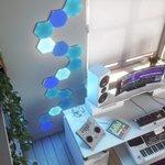 Image for the Tweet beginning: Review: Nanoleaf's HomeKit-Enabled Hexagons Paint