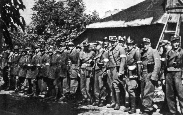 7 sierp 1944- Powstanie Warszawskie: Walki Zgrupowania