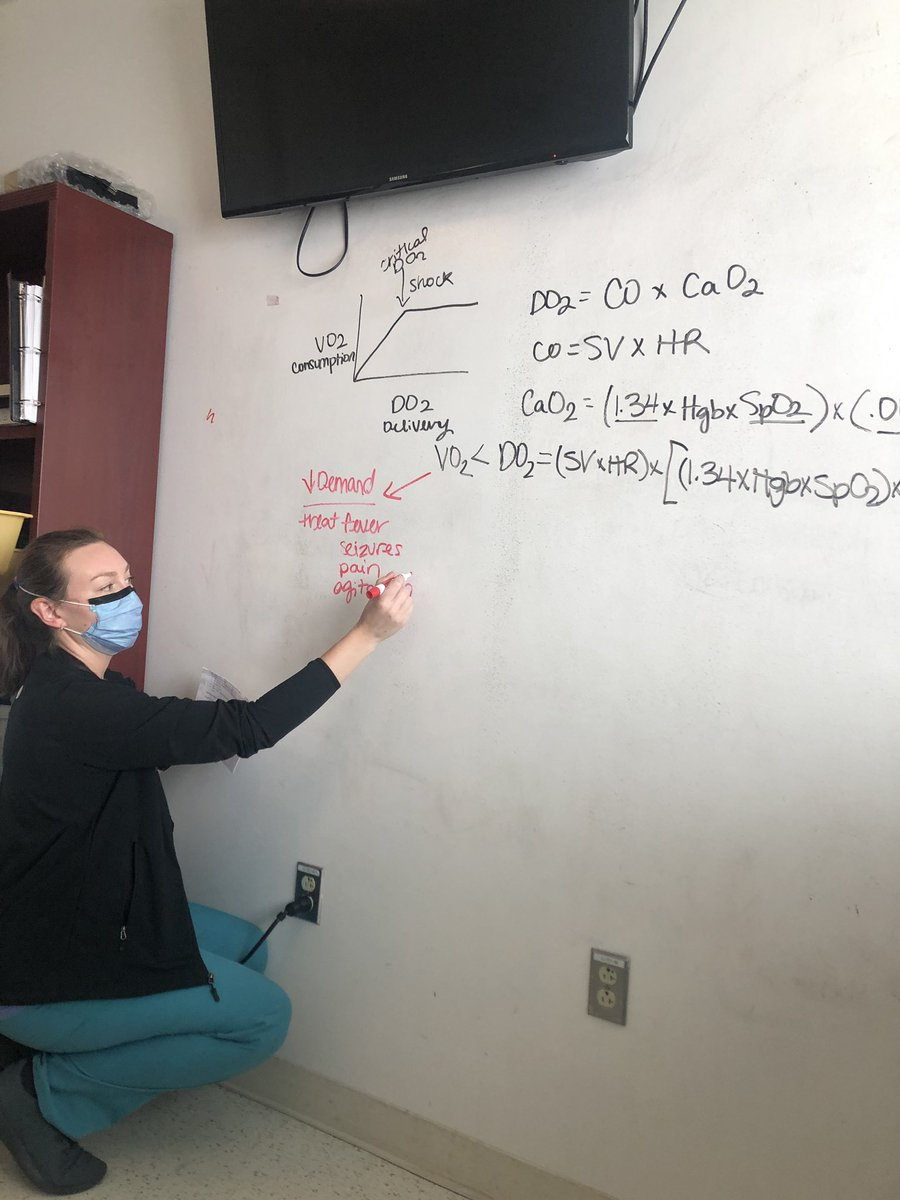 Second year #PedsICU fellow @MIOgden giving the residents and medical students a chalk talk on shock.pic.twitter.com/jYyTJyFDxi