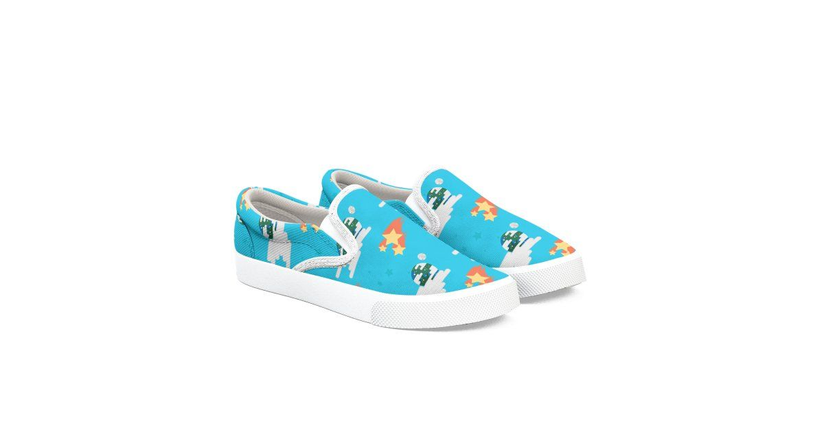 https://buff.ly/31ozBBK  #shoes #shoesdesign #threadless #giftidea #birthdaygift #shoeslovers #customshoes #canvasshoes #bucketfeetpic.twitter.com/lowuIIoXw8