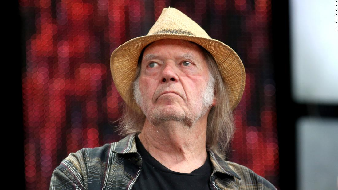 Rock & Roll legend Neil Young takes President Trump's reelection campaign to court for copyright infringement https://t.co/F6OrBIZ0U7 https://t.co/vAibsRJcLl