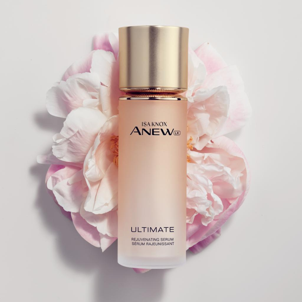 Let your youthful radiance bloom. This luxurious serum makes your skin look and feel lifted and dramatically tighter, while visibly reducing the appearance of fine lines and wrinkles. #radiant #beautiful #FridayFeelings https://www.avon.com/product/isa-knox-anew-lx-ultimate-rejuvenating-serum-73508?rep=latoyaberlin …pic.twitter.com/FaMuLaoPPL
