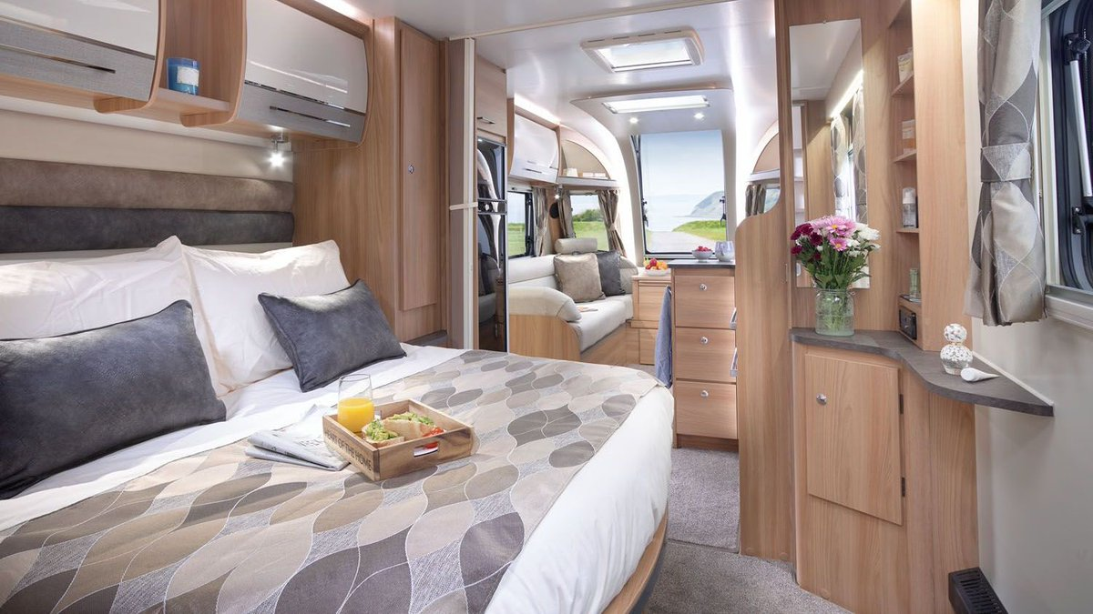 Find everything you need to holiday your way, with the luxurious Alicanto Grande caravan range. Generous in every direction, the 8ft wide Alicanto Grande provides the perfect space to relax and unwind in style. https://bit.ly/3c4HgII pic.twitter.com/6zOOJJV0Co