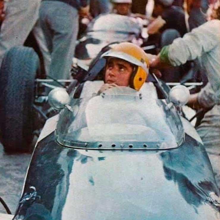 OLDIESMEX - Ricardo Rodríguez en el Gran Premio de México de 1962 con el equipo Rob Walker Racing Team al mando de un Lotus-Climax en el Autódromo Hnos. Rodríguez  #notiauto #notiauto_oldies #notiauto_oldiesmex #f1 #ahr #mexicogp https://t.co/lzsfOrMnrQ