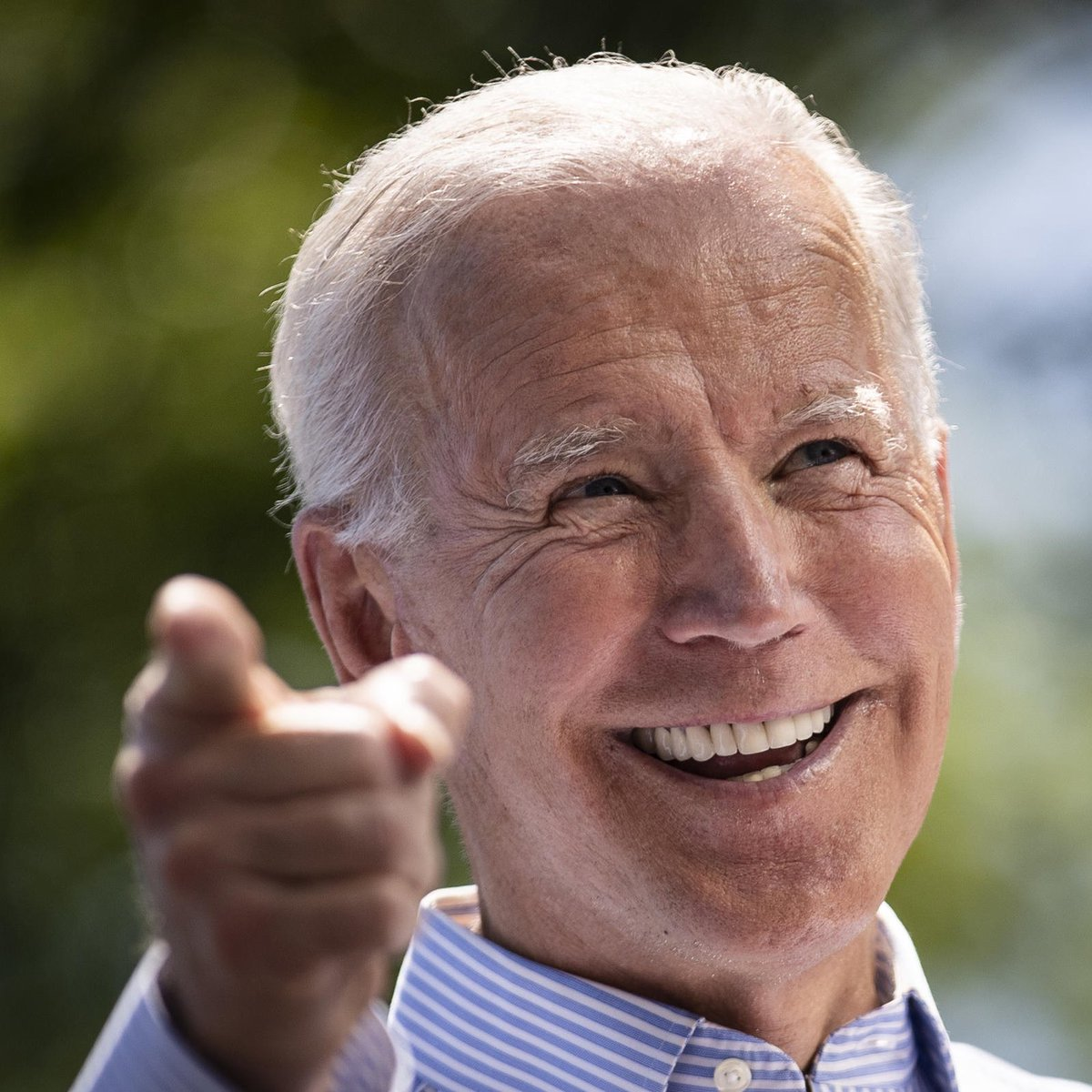 """U can tell a lot From how a finger pointed The right says Listen 2 me I'm infallible The 1 anointed Yet leaves us constantly Exploited The left says hey Lemme help Make a decision Jointed That u want @JoeBiden Appointed """"It is what it is""""?? Nah #BuildBackBetter Way more poignant"""
