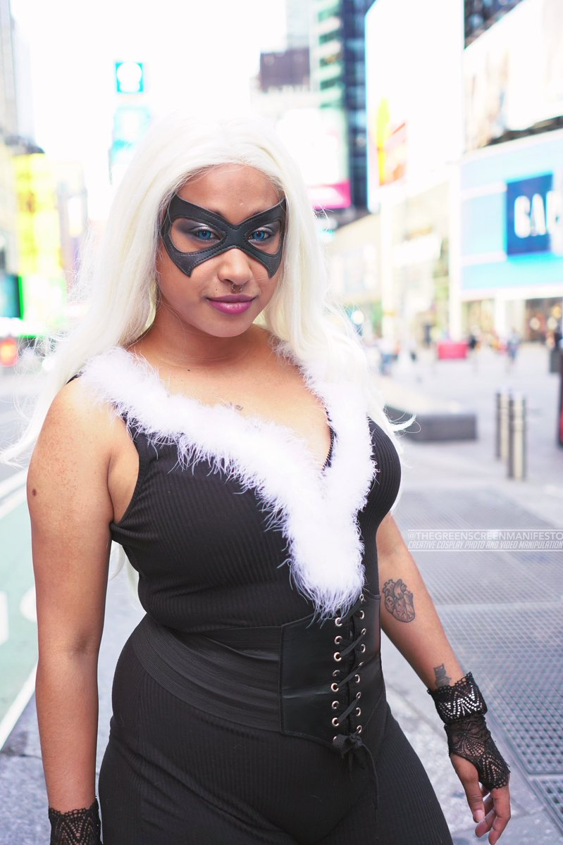 Another shot of blackcat🐈    📸: https://t.co/9GSisWk3L8   #SpiderManDay #spiderman #spiderverse #marvel #cosplay #cosplayergirl #BlackCat https://t.co/MRG6QEjGzr