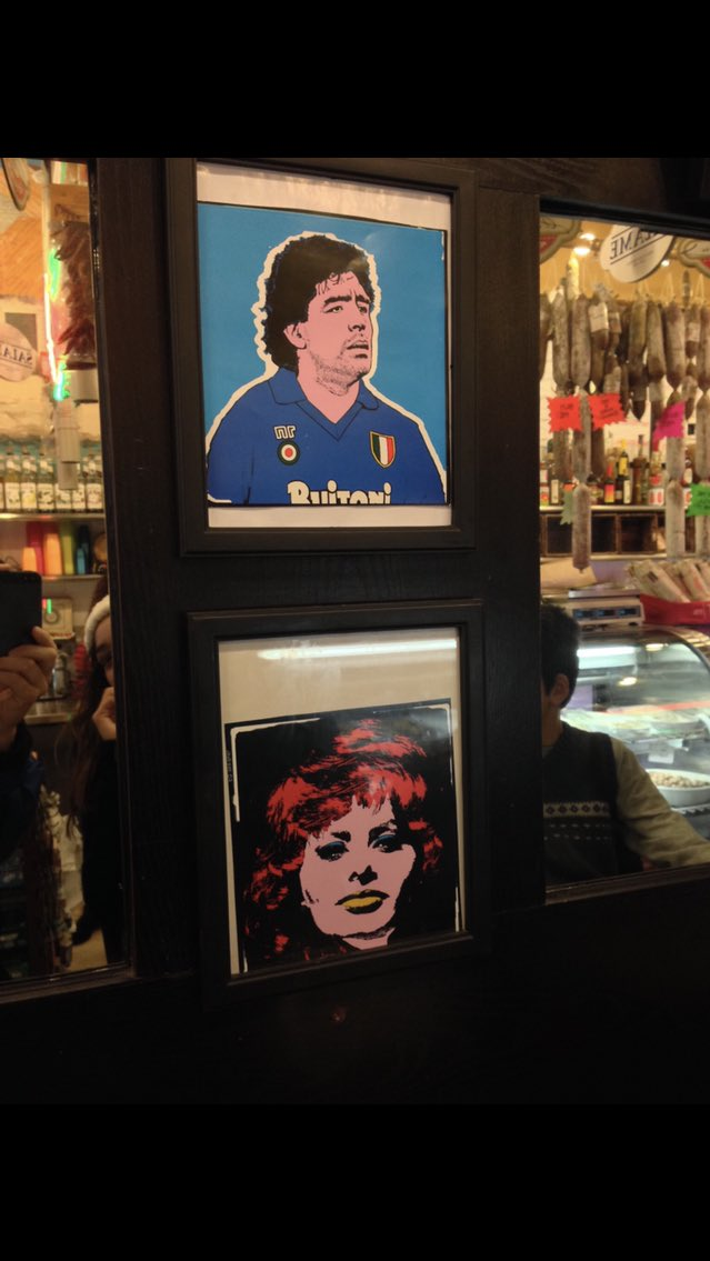 He says hi.  Left a restaurant in San Francisco. Right a coffee shop in Long Beach. #DiegoMaradona pic.twitter.com/96bn2rgFFY