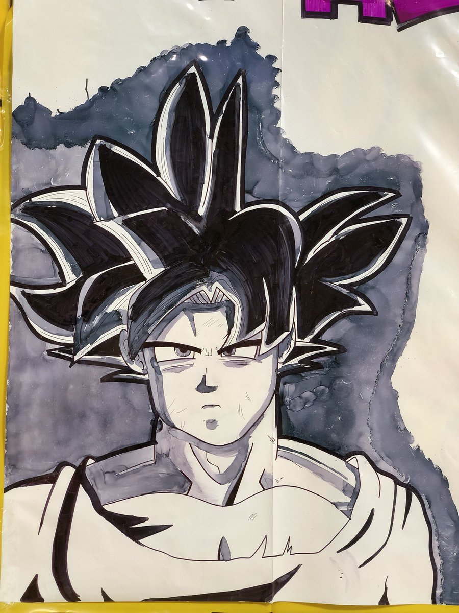 So this is a PEEP @ what I do IRL I'm a #signwriter BY DAY & a #gamer BY NIGHT  If you'd like to see a stream where I create one of my masterpieces like this  TELL ME BELOW   HIT #LIKE OR #RT it's free to support your lady!  #goku #SupportSmallStreamers #artpic.twitter.com/ZYSz9PEitM