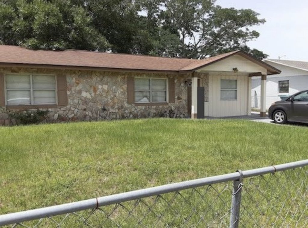 Carver Shores Off Market Property! Wholesale Price: $109,990  Call/Text Michelle 407-734-1516 #investors #buyers #realestate #lft #l2s https://t.co/gYcJ26qVu7