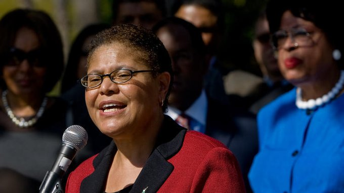 @HanKSmithGA @Thoughtso8 @KFClinton3 @hollyotterbein Curious why you right-wingers are tearing down an accomplished black woman like Congresswoman Karen Bass? She has much experience and has long represented one of LA's more diverse districts. Is it because her background is in social work instead of being a COP? #KHIAC 👮‍♀️ https://t.co/BuaWS7cVV3