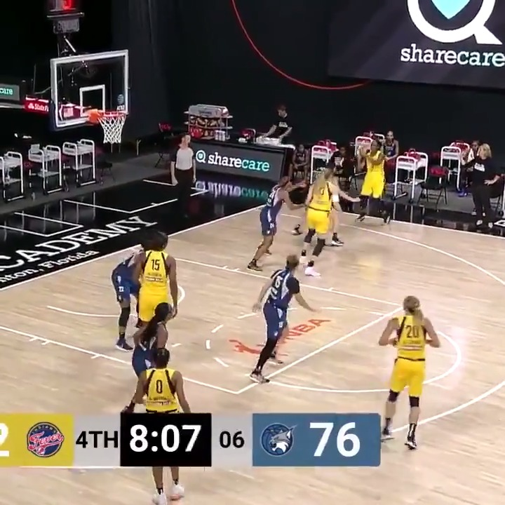 LET'S GO KB   She's scored our last eight points 🔥 https://t.co/rmFyRduKXX