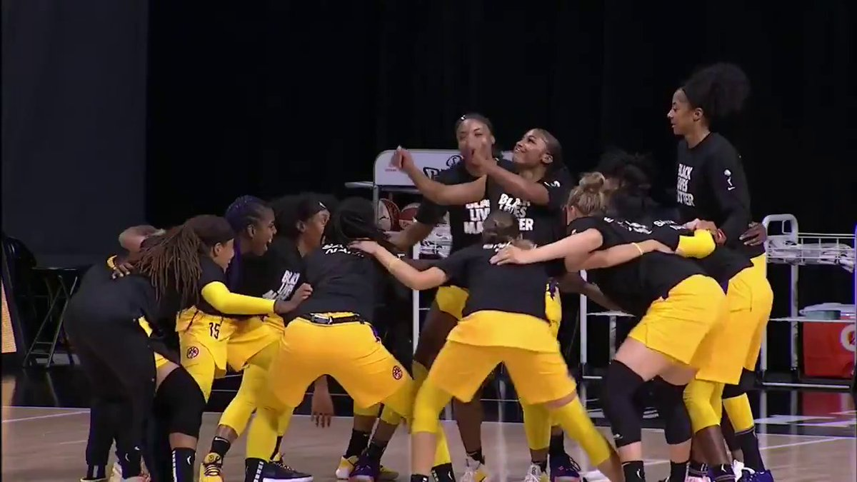 The @LASparks are a mood 💃