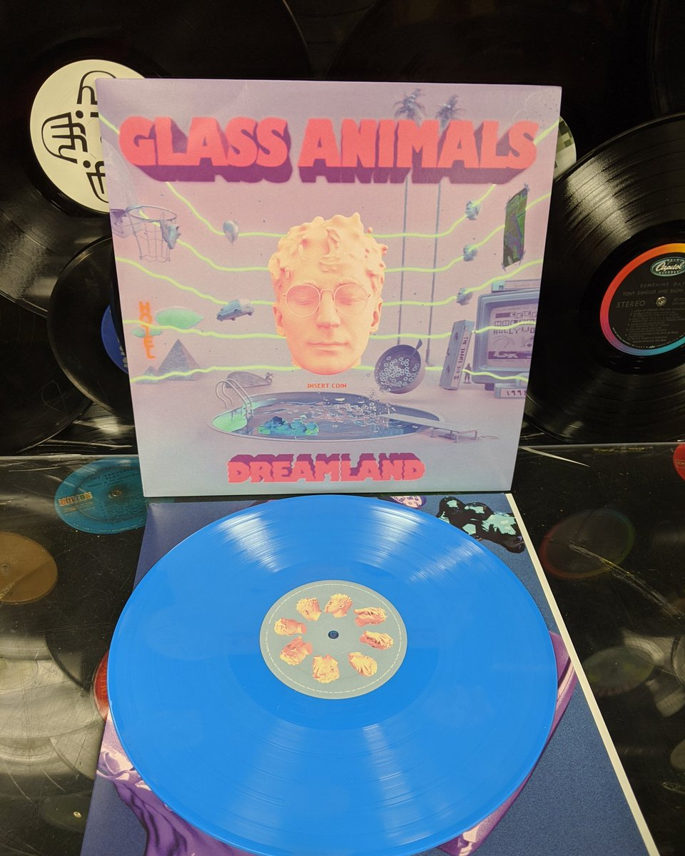 """The new album """"Dreamland"""" from Glass Animals is out now! Get your indie exclusive colored vinyl while they last! #vinyl #vinylrecords #recordstore #cameronrecords #billings #billingsmt #montana #billingsmontana #vinyljunkie #billingsmusic #billingsmusicscenepic.twitter.com/k07JERwHxJ"""