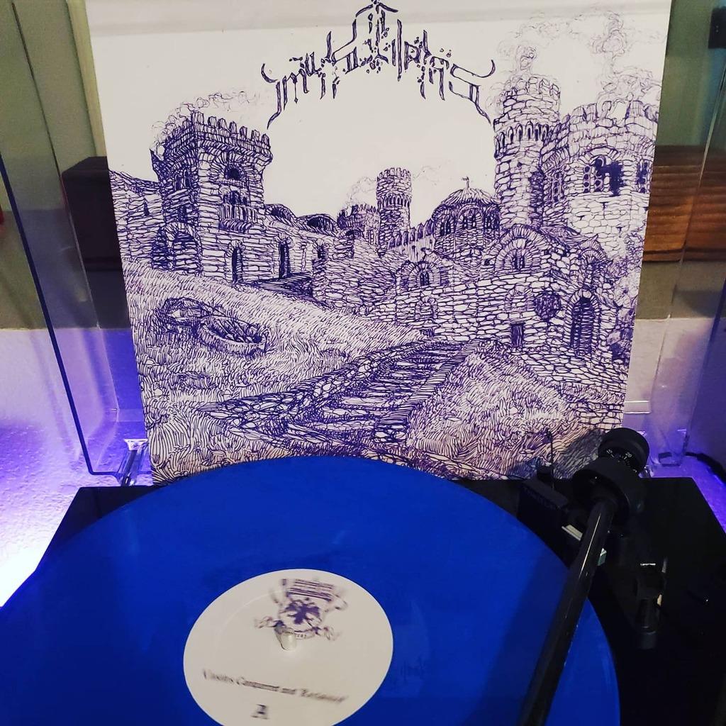 #nowspinning Mystras - Castles Conquered & Reclaimed  Classic raw & low-fi black metal #vinyl #mystras #blackmetal #ilovediscogs #discogs #nowplaying #vinyladay #truevinylcollection #vinylgram #vinylrecords #vinyljunkie #vinyligclub #instavinyl #vinylcom… https://instagr.am/p/CDnFT0bJ3fA/pic.twitter.com/RKxEGW4xRE