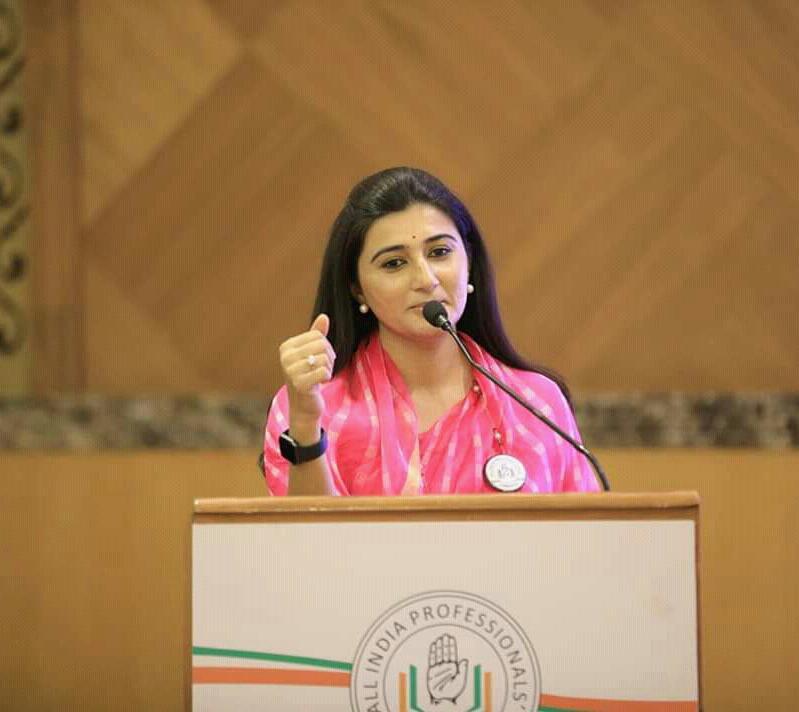 @KumariRukshmani's photo on #SaturdayMotivation