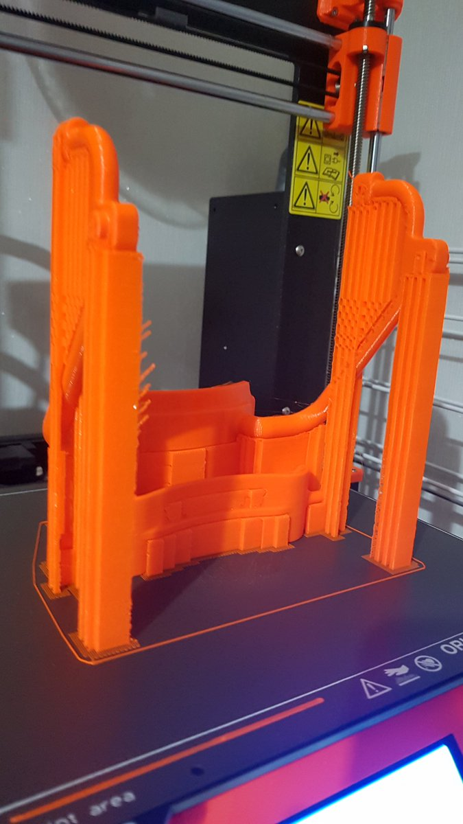 A friend is designing a cart for his disabled kitten. I'm supporting with 3d printing and modelling advice. Still in prototyping phase but made giant steps just yesterday. More recent photo to come when I'll get them. Print in PETG with a lot of supports on Mk3s. pic.twitter.com/5i6dGEokgo