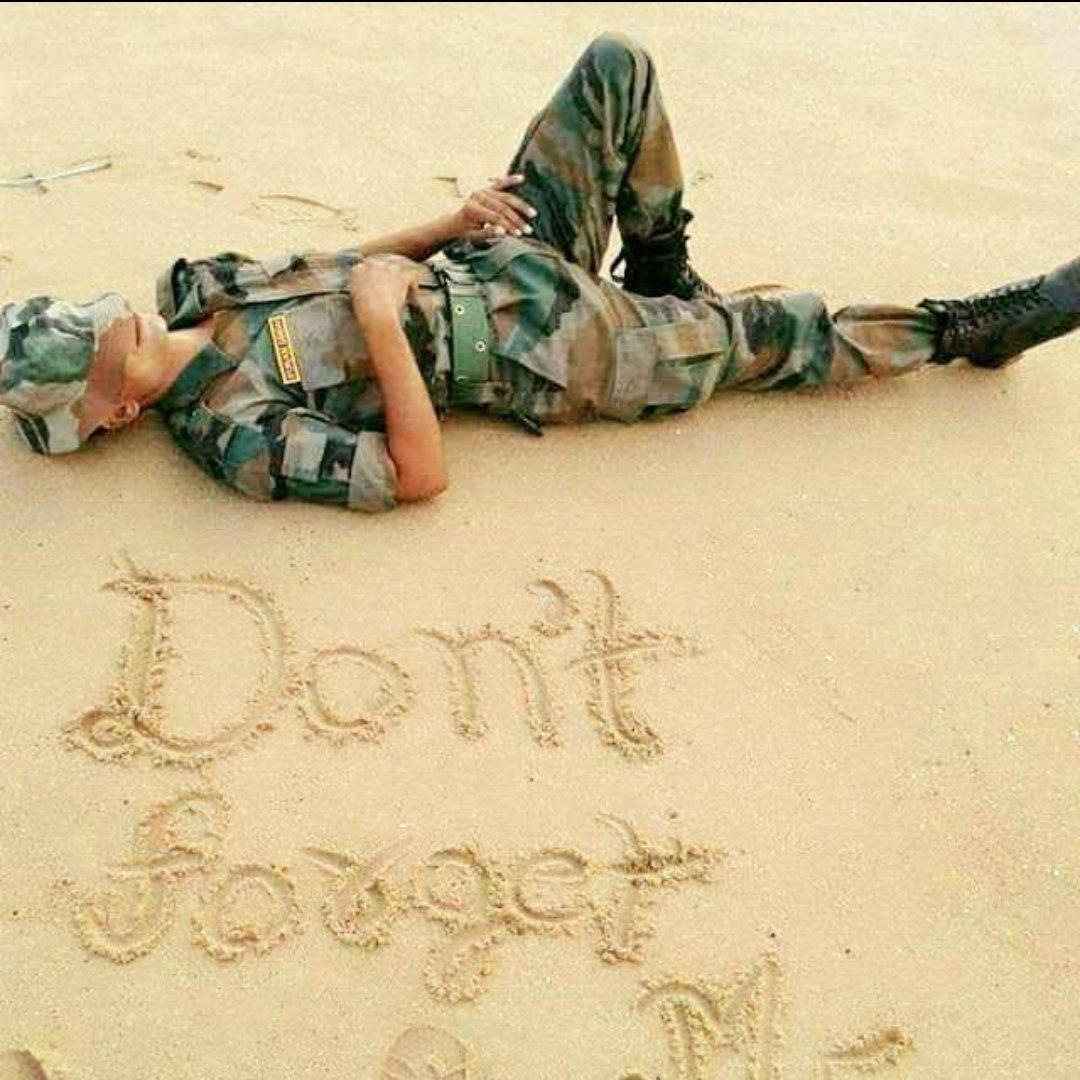 ମୂଲ୍ୟ:- ସେ ଜୀବନର କିଛି ମୂଲ୍ୟ ହିଁ ନଥାଏ ଯଦି ଅନ୍ୟର ଉପକାରରେ ନ ଆସେ। ସେ ରୂପରେ ବି କିଛି ମୂଲ୍ୟ ହିଁ ନଥାଏ ଯଦି ଗୁଣରେ ନଥାଏ। ସେ ବିଦ୍ୟାର କିଛି ମୂଲ୍ୟ ହିଁ ନଥାଏ ଯଦି ବିନମ୍ରତା ନଥାଏ। ସେ ଅସ୍ତ୍ରର କିଛି ମୂଲ୍ୟ ହିଁ ନଥାଏ ଯଦି ମନରେ ସାହସ ନଥାଏ। #ArmyLover #ଜୟଜଗନ୍ନାଥ pic.twitter.com/AoRAEQJuoe